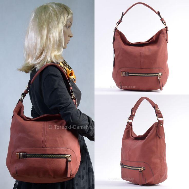 #torebki z nowej kolekcji! Modny odcień czerwieni, złote elementy metalowe, pojemna (mieści format A4). Elegancka torba miejska #handbags