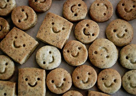 .Happy Cookies, Kids Lunches, Happy Face, Grey Teas, Smileys Cookies, Decor Cookies, Earl Grey, Teas Cookies, Happy Earl