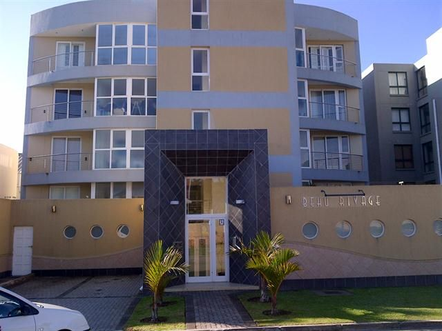 3 Bedroom Apartment  in Humewood  http://www.sothebysrealty.co.za/property-details/40389