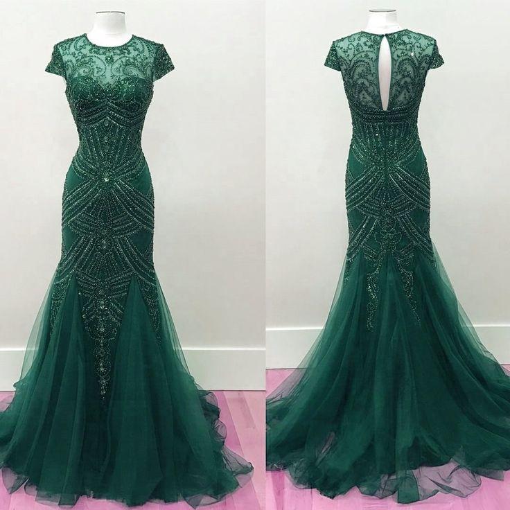 Best 20  Emerald Prom Dress ideas on Pinterest | Emerald green ...