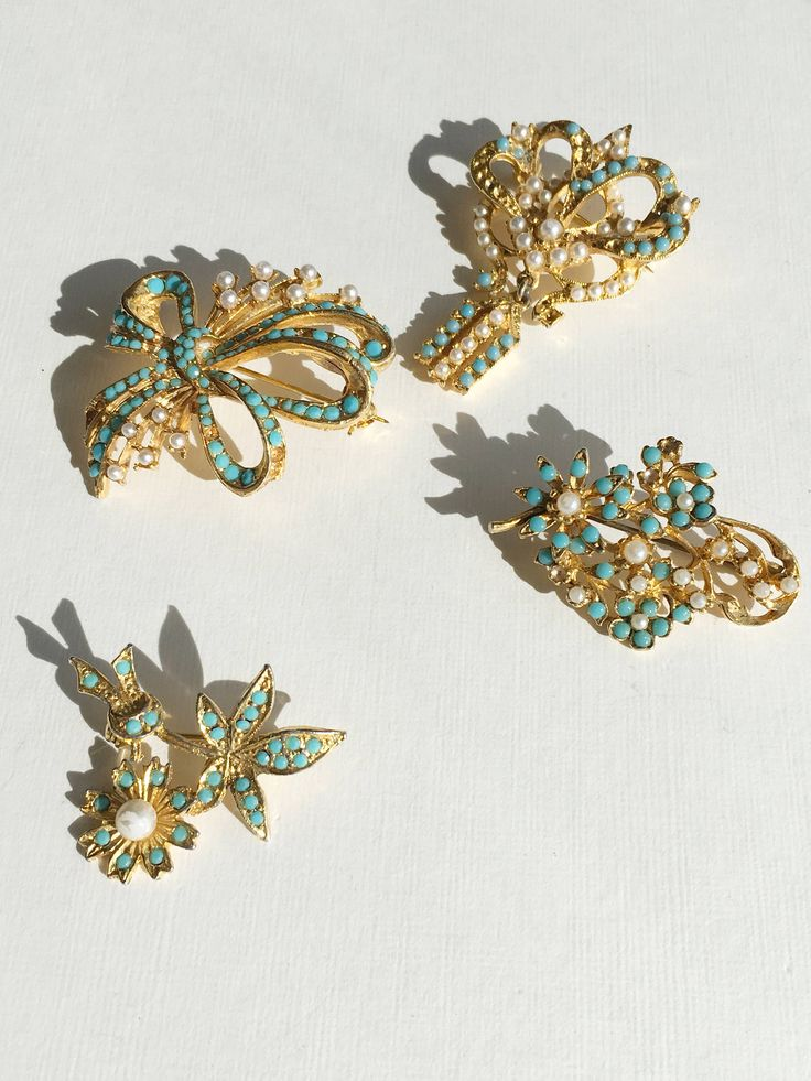 Vintage brooch wedding Jewellery bridal  signed brooch turquoise gold tone filigree costume jewelry by MariniJewellery on Etsy https://www.etsy.com/ie/listing/559845045/vintage-brooch-wedding-jewellery-bridal