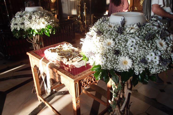 λαμπάδες γάμου  με φρέσκα άνθη σε βάσεις από θαλασσόξυλα.(γυψοφιλη & λεβαντα) Στολισμος Γαμου Διακοσμηση Γαμου Στολισμος Εκκλησιας .. wedding decoration with driftwood