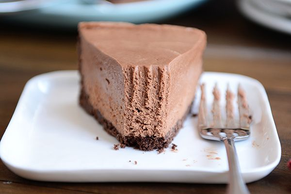 Amazing and decadent no-bake chocolate cheesecake. So light and creamy!