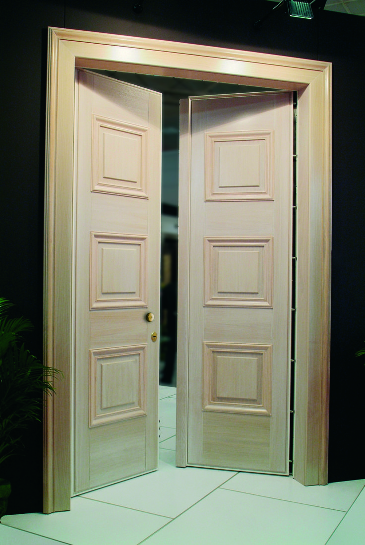 Double-leaf security door. 2,8meters in height. Sabadoor can produce quality doors at your measures and needs
