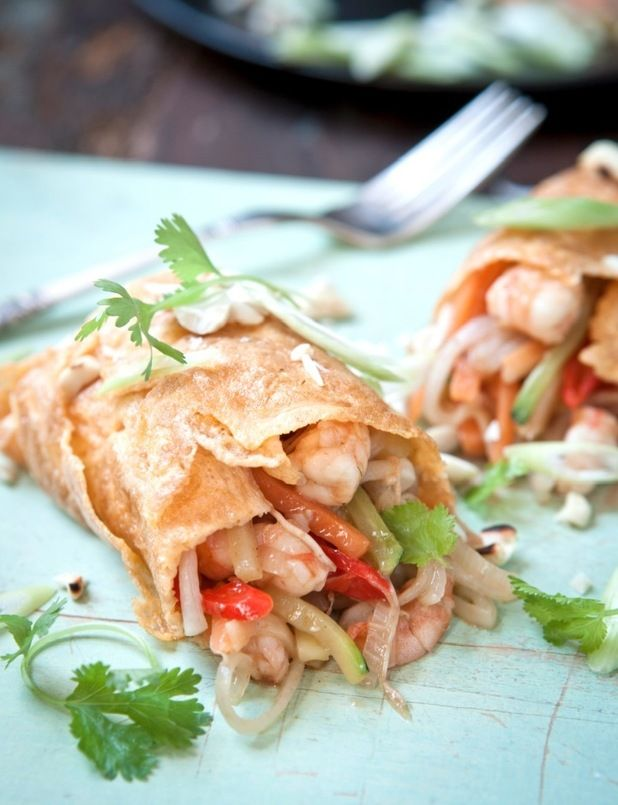 Hairy Dieters' 359 cal Pad Thai Omelette from their Good ...