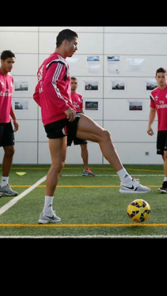Cristiano Ronaldo training....look at james in the back his fine self