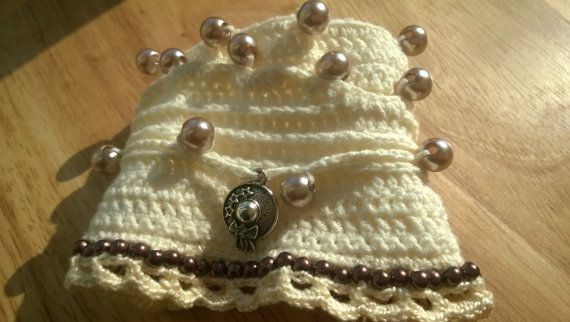 cream-coloured bohemian crochet bracelet unique by ViktoriaCrochet
