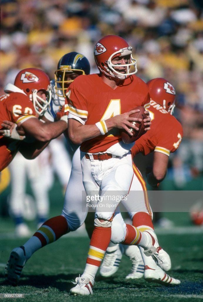 Steve Fuller Of The Kansas City Chiefs Drops Back To Pass Against The Kansas City Chiefs Kansas City Chief