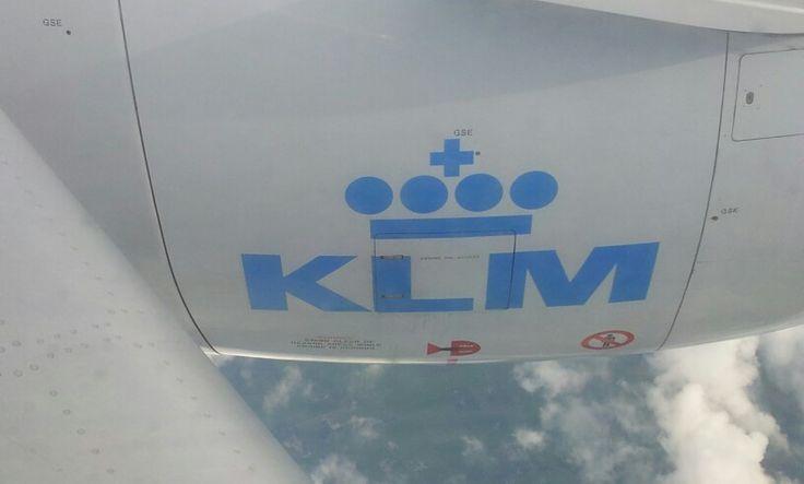KLM Boeing 737-800 - 900 left engine