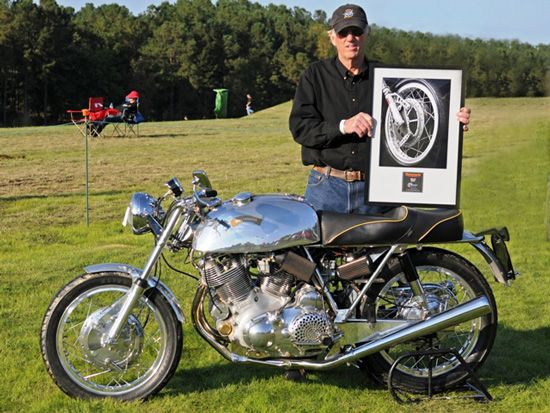 Vincent collector Dale Keesecker's 1971 Egli-Vincent won top honors at the Motorcycle Classics East Meets West Classic Bike Show, Saturday, Oct. 18 at the 4th Annual Barber Vintage Festival. A long-time Vincent fan, Keesecker has over the past few years focused on Vincent specials like the Swiss Egli and Australian Terry Prince specials.