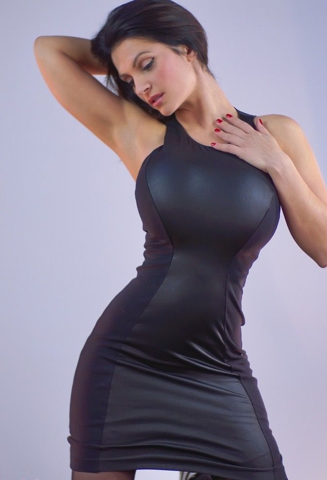 Big boobs lingerie pictures