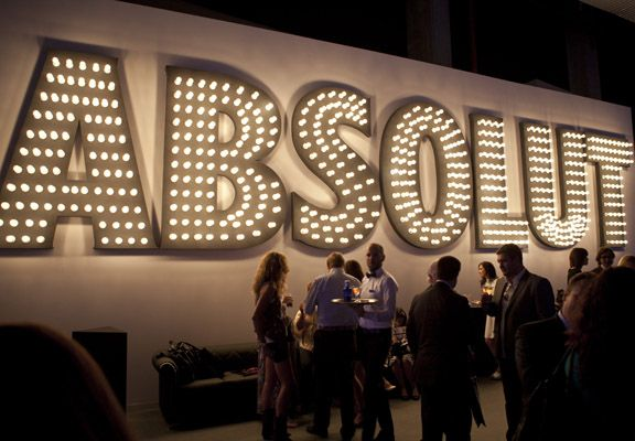 Absolut Vodka Kissing Room 2011  Creacion de espacio VIP