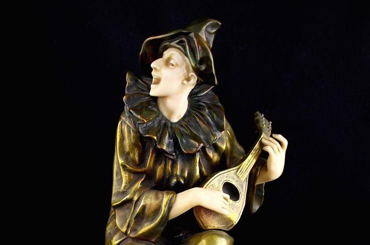 Бронзовая скульптура Пьеро. Ар деко. Европа 1930-е