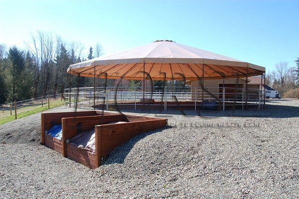 Spring is a great time to make plans for building your new manure composting bins! Check out how you can do this here.