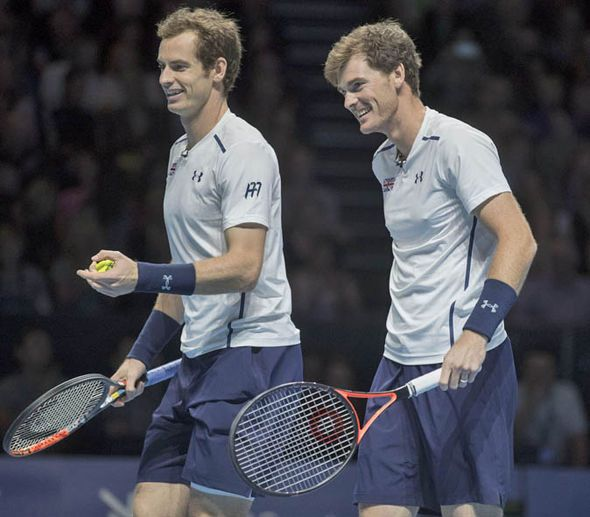 Jamie Murray: Andy Murray wants to partner me in doubles at Wimbledon at some point - http://buzznews.co.uk/jamie-murray-andy-murray-wants-to-partner-me-in-doubles-at-wimbledon-at-some-point -