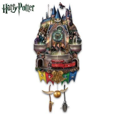 Harry potter cuckoo clock must have for every fan I have to get this one