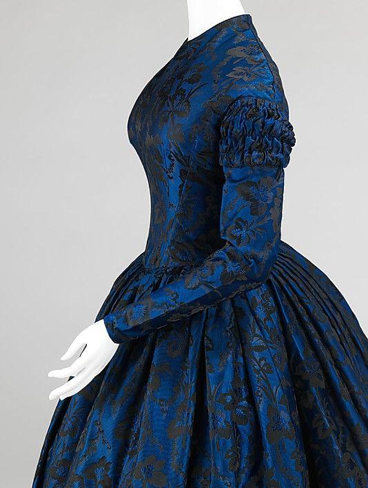 Evening dress    Date:      1850–52  Culture:      American  Medium:      silk  Dimensions:      Length at CB: 58 in. (147.3 cm)