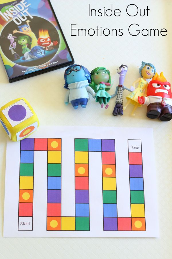 Inside Out emotions board game. Teaching emotions to toddlers and preschoolers. #InsideOutEmotions ad
