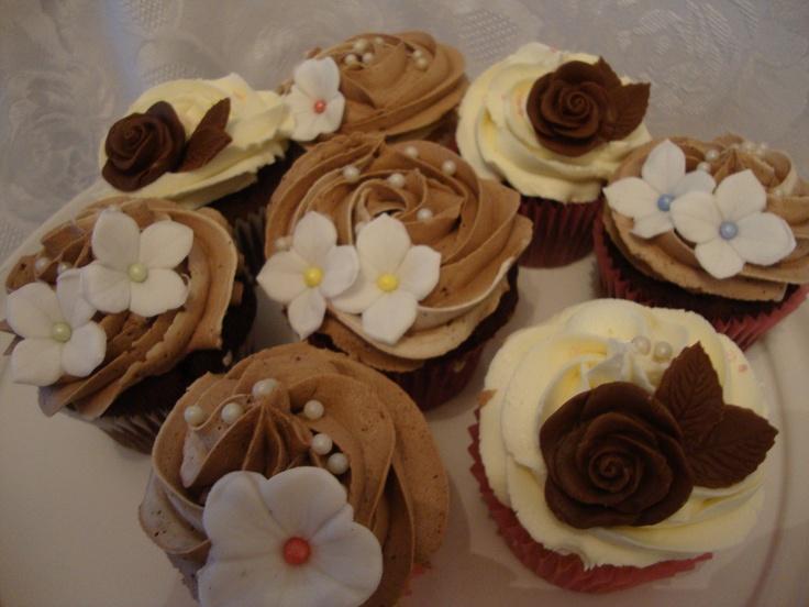 * Cupcake Wedding Cake * Cupcake Towers for Weddings * Bespoke Wedding Cupcakes* Kent, London, Surrey, East Sussex, Essex - * Wedding Cakes * Cupcake Towers * Candy Buffet *  Kent   Bromley   London   @Let Them Eat Cakes