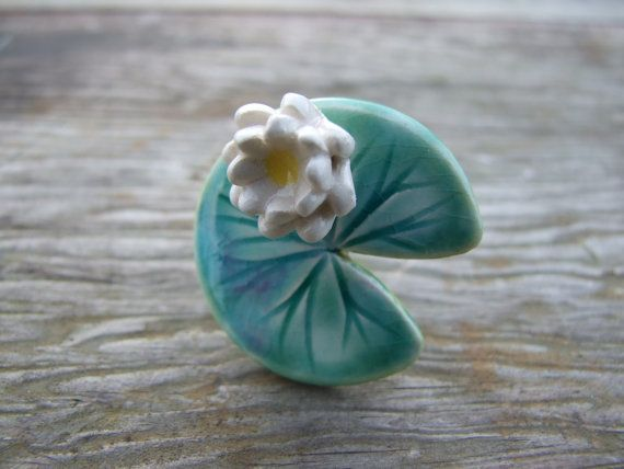 Lily pad ring ceramic green leaf Spring time by damsontreepottery
