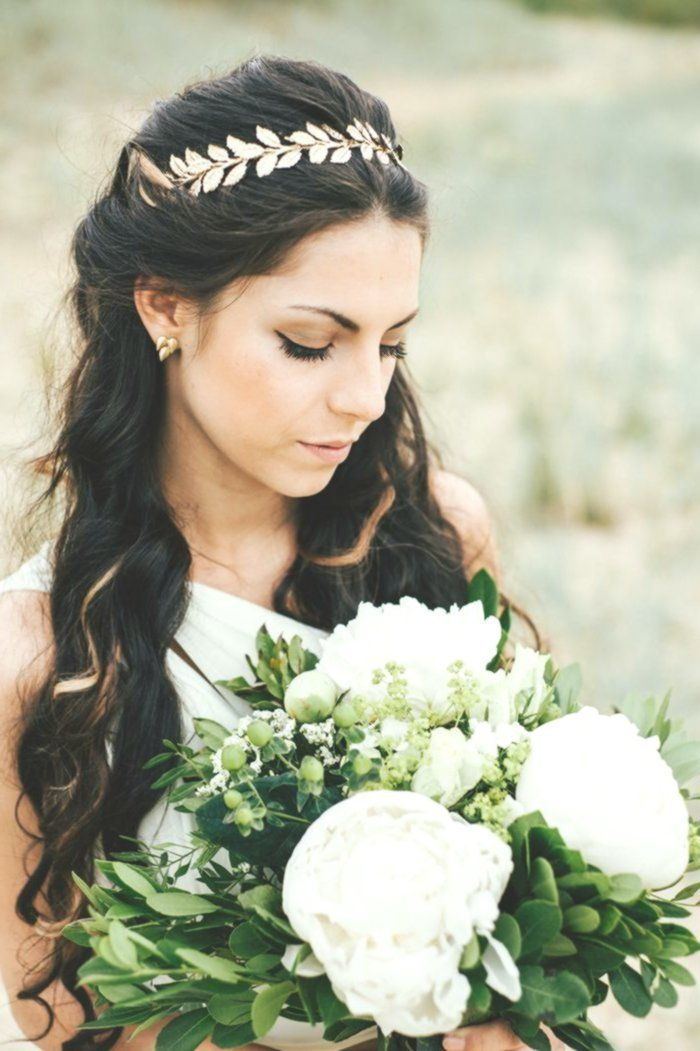 Idee für eine griechische Hochzeitsdeko   Friedatheres.com  greek bride Organis...