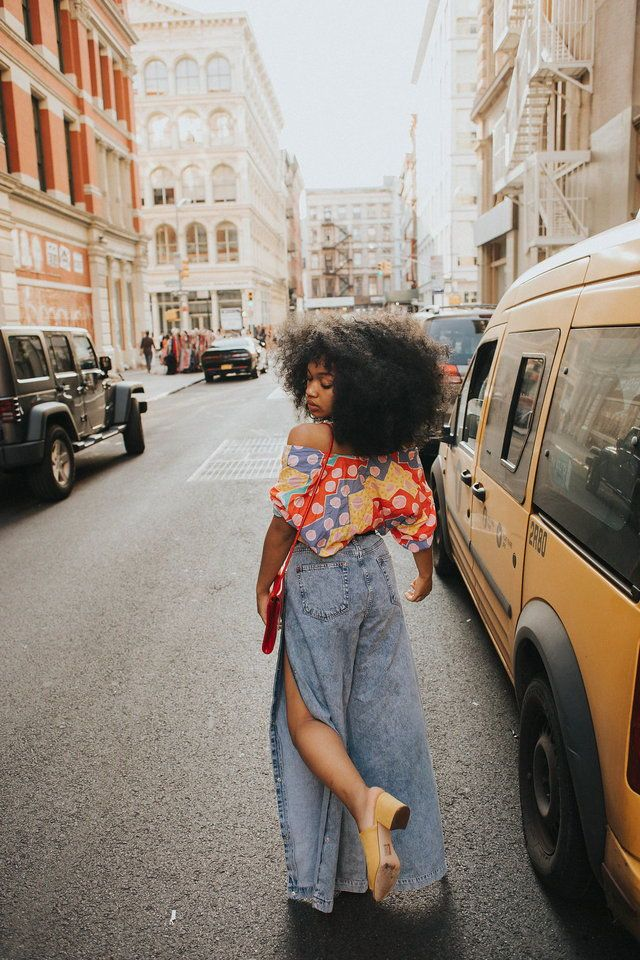 See the best women street style outfits and fashion trends. Black Girl Fashion, Look Fashion, 90s Fashion, Fashion Outfits, Womens Fashion, Street Fashion, Urban Fashion, African Fashion, Fashion Ideas