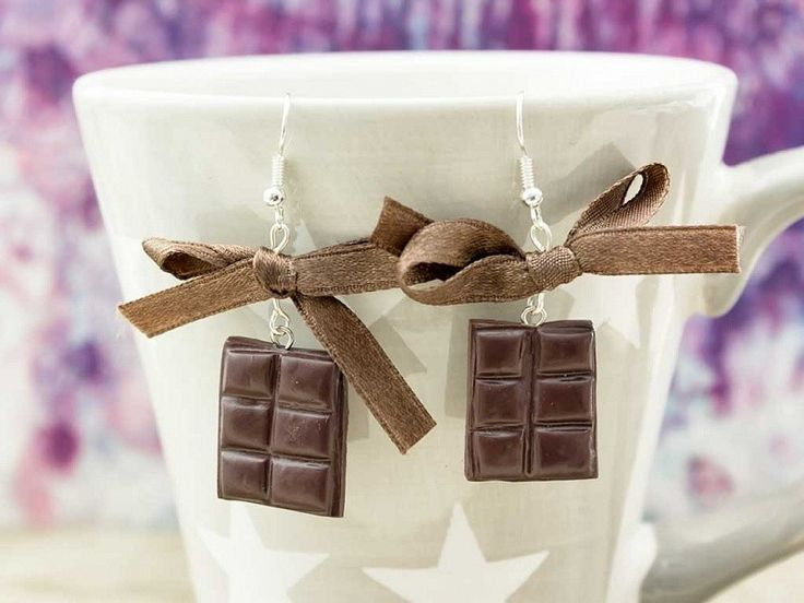 Gyurma csoki lógós fülbevaló