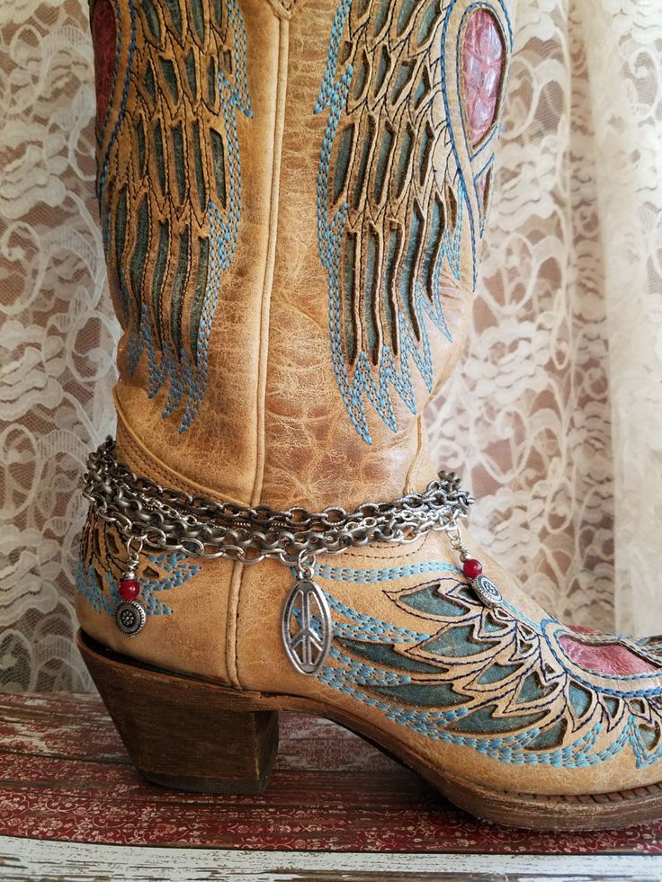 BooT Bracelet> #BootJewelry #BootBling  #CountryJewelry #CowgirlBoot #CowgirlBling #BootChain #BootCharm #Rustic #Boho #Gypsy #MixedMetal by BellaNotteDesigns on Etsy