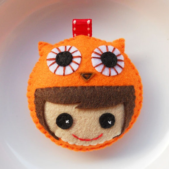 Kawaii girl with a wearing a owl
