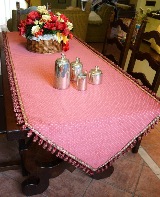 RED TABLE RUNNER - PatriziaB.com  Stunning carmine coloured runner with golden diamond shaped patterns, elegantly completed with a precious red/gold tassel fringe edging