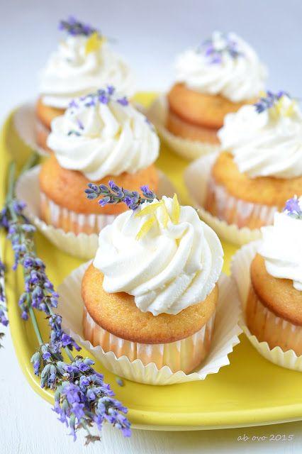 Cupcakes-alla-lavanda-e-limoncello