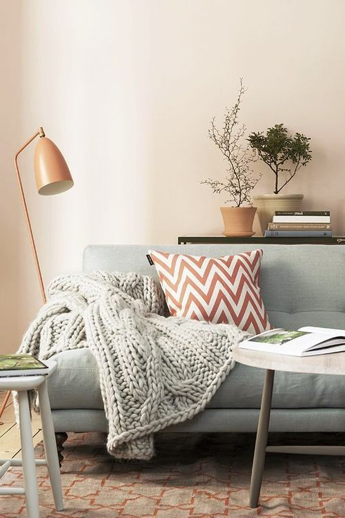 Mmm, that cable knit throw looks SO inviting and cozy! Great decor tip to have homey items around.
