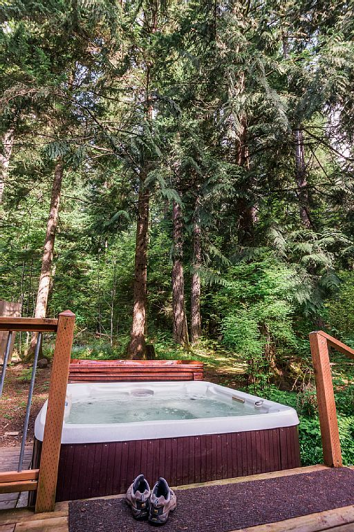 Wisconsin cabins with hot tubs