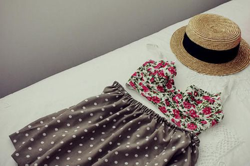 love love love: Hats, Polka Dots, Fashion, Summer Outfit, Crop Tops, Clothing, Cutest Outfit Ever, Mixed Prints, My Style