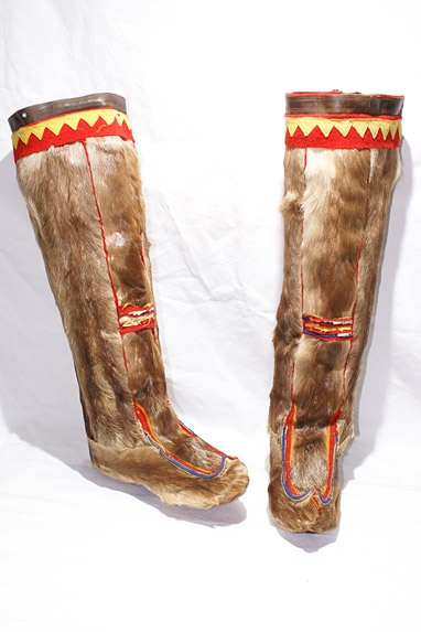 Finland / Lapland  Saami tribe men's boots. Caribou skin with felt decorations.