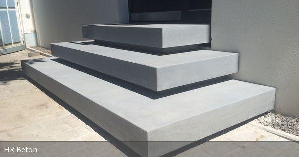 HR Betondesign fertigt und montiert Betontreppe Betonpodest im Eingangsbereich  www.harr-beton-design.de
