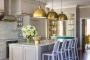 ♥♥♥ Кухня классика: фото умиротворенной роскоши в дизайне и современная интерпретация классики; выбираем популярные светлые цвета или патину; варианты угловых гарнитуров.