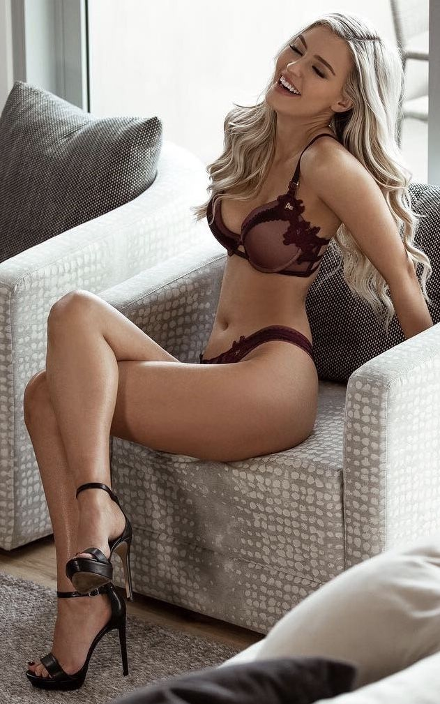 02f871063 Totally gorgeous crossed Sexy Lingerie