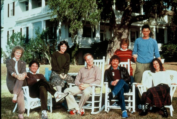 Cast of The Big Chill (1983) at Tidalholm, where the movie was filmed, in Beaufort, SC. From left: Glenn Close, Kevin Kline, Meg Tilly, William Hurt, Tom Berenger, Mary Kay Place, Jeff Goldblum and JoBeth Williams.