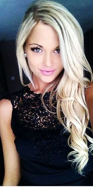 I wish i could pull off this color or blonde at all for that matter - too scared to take that risk!