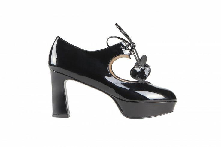 Shoes by Minna Parikka.  http://minnaparikka.com