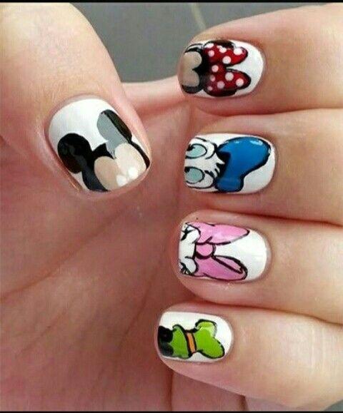 mickey mouse nail art, minnie mouse, donald duck, goofy, daisy duck