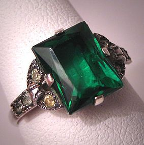 A Wonderful Antique Emerald French Paste Ring, Vintage Art Deco 1920s.