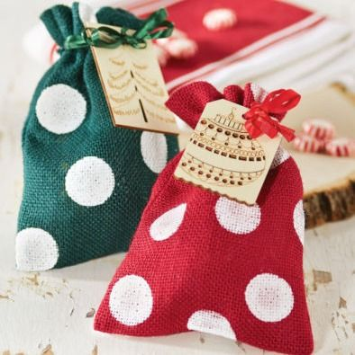 Here is a fun way to jazz up burlap bags to use as a gift bag. You can see all the details here. And here are the weekly craft store coupons for you. Hobby Lobby: Save40% offone regular price it...