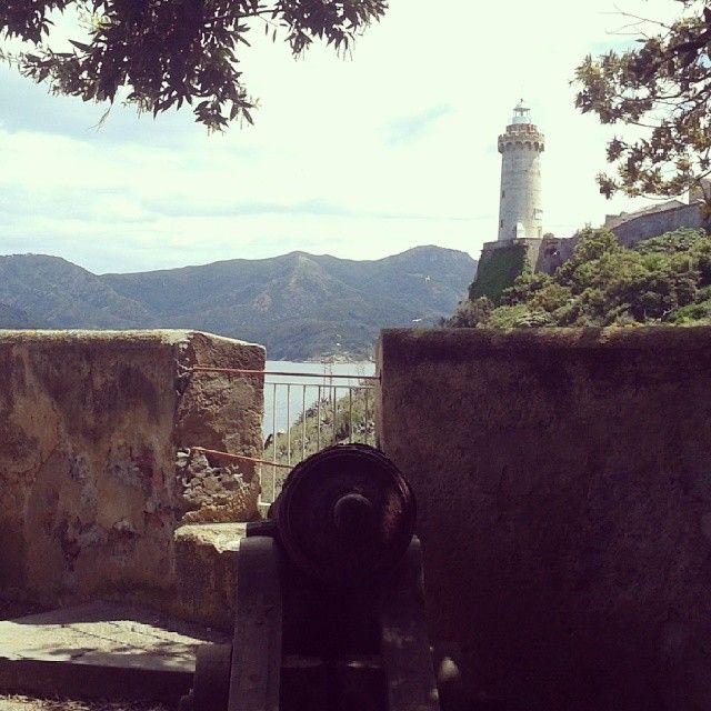#ShareIG #Faro #lighthouse #Portoferraio near #Napoleon ' s #VilladeiMulini #Isoladelba #islandofelba #tuscany #isolaelba #IloveElba #Elba200 #Napoleon #bicentennial