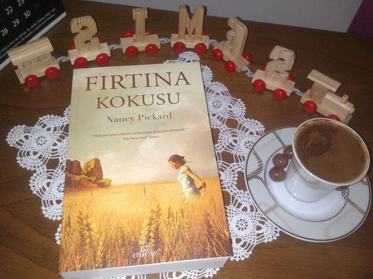PARANOYAK SATIRLAR: Biraz Kahve, Biraz Kitap, Biraz Yalnızlık...