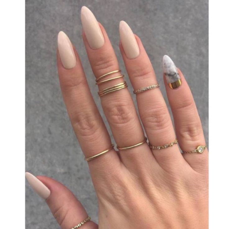 That Marble Pinky Gives Me Life Lol