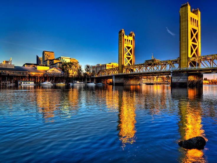 Sacramento River at Tower Bridge, Sacramento, California | Flickr