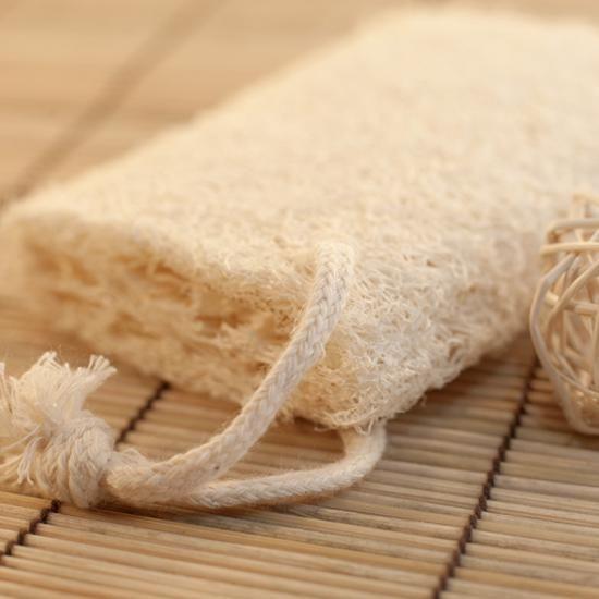 Beauté et santé de la peau : le gant de crin, un accessoire indispensable ! | Bio c' Bon votre supermarché pour un quotidien bio enfin accessible