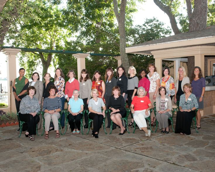 Seated (from left): Carolyn Huntoon, Ellen Baker, Mary Cleave, Rhea Seddon, Anna Fisher, Shannon Lucid, Ellen Ochoa, Sandy Magnus.  Standing (from left): Jeanette Epps, Mary Ellen Weber, Marsha Ivins, Tracy Caldwell Dyson, Bonnie Dunbar, Tammy Jernigan, Cady Coleman, Janet Kavandi, Serena Aunon, Kate Rubins, Stephanie Wilson, Dottie Metcalf-Lindenburger, Megan McArthur, Karen Nyberg, Lisa Nowak
